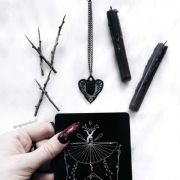 Rogue + Wolf LOVE HURTS Gothic Heart Necklace